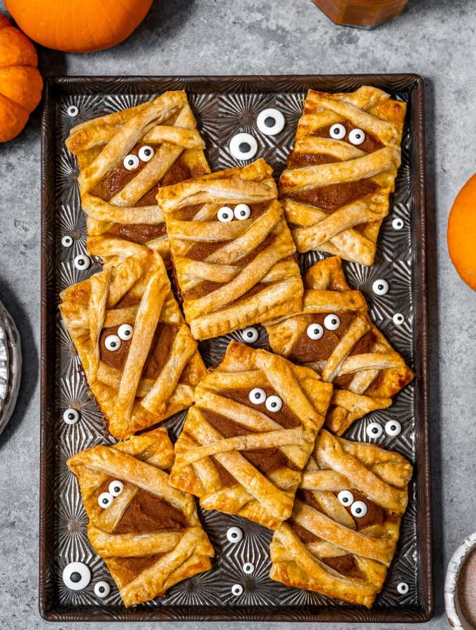 Mummy Pumpkin Pie Pop Tarts