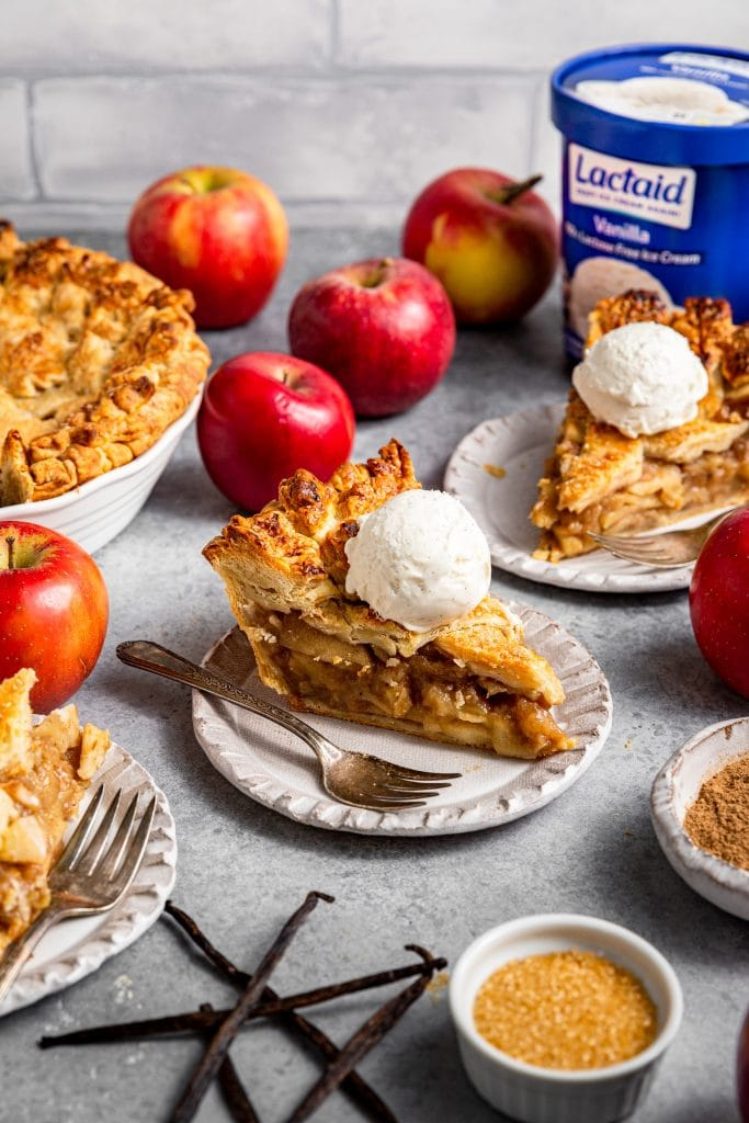 Vanilla Chai Apple Pie